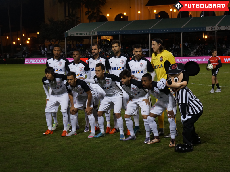 Corinthians line up before their match against Shakhtar Donetsk - Image via Manuel Veth