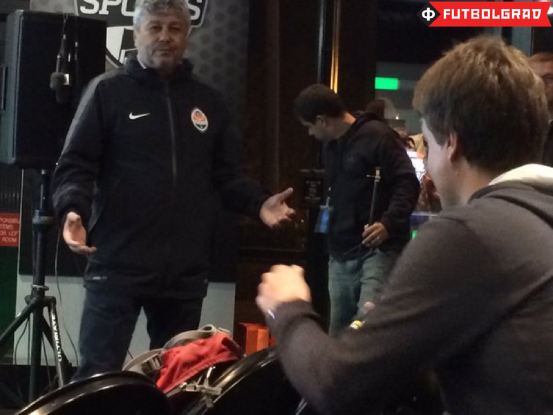 Lucescu in a heated debate with Manuel Veth - Image via Carlos A. Ferrari