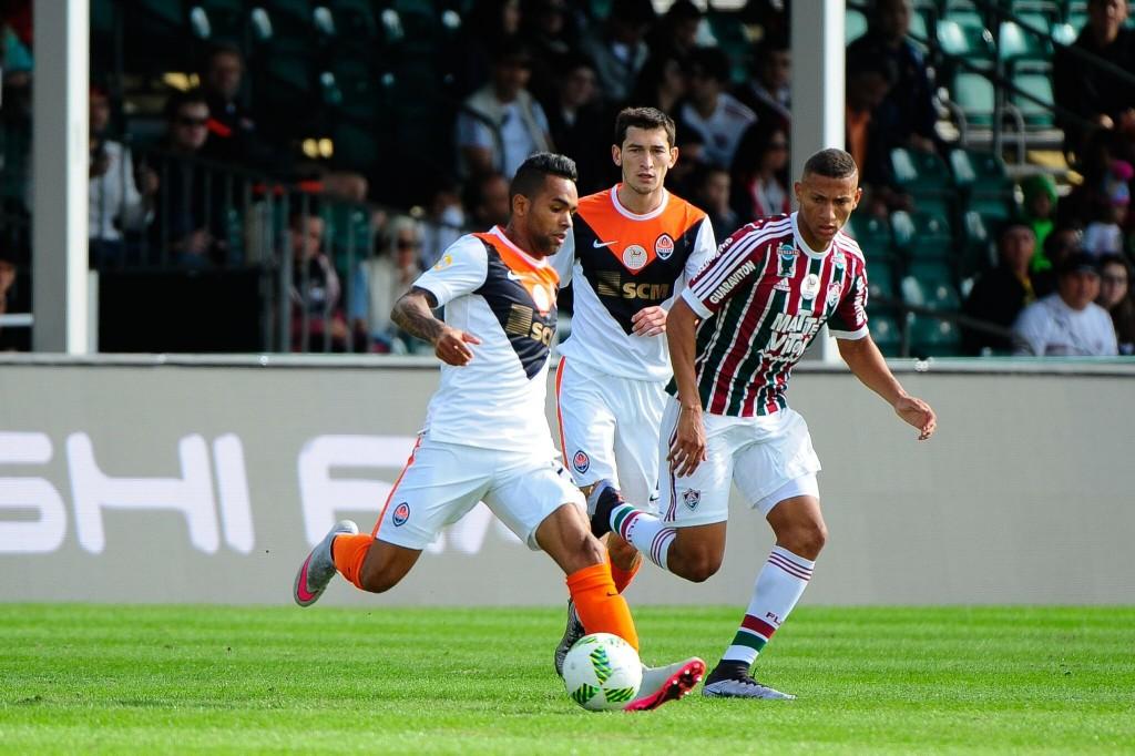 Alex Teixeira against Fluminense - Image via PressFC