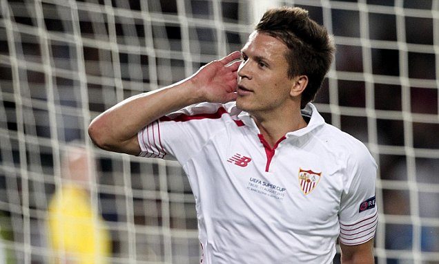 Yevhen Konoplyanka is among the players that have left Dnipro since last summer - Image via abc