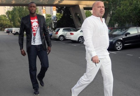 Yaya Touré's agent Dimitri Seluk believes that Dinamo's cooperation agreement with Mendes is a mistake - Image via abc