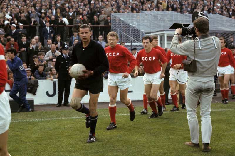 Lev Yashin was the leader of an entire generation - Image via TheseFootballTimes