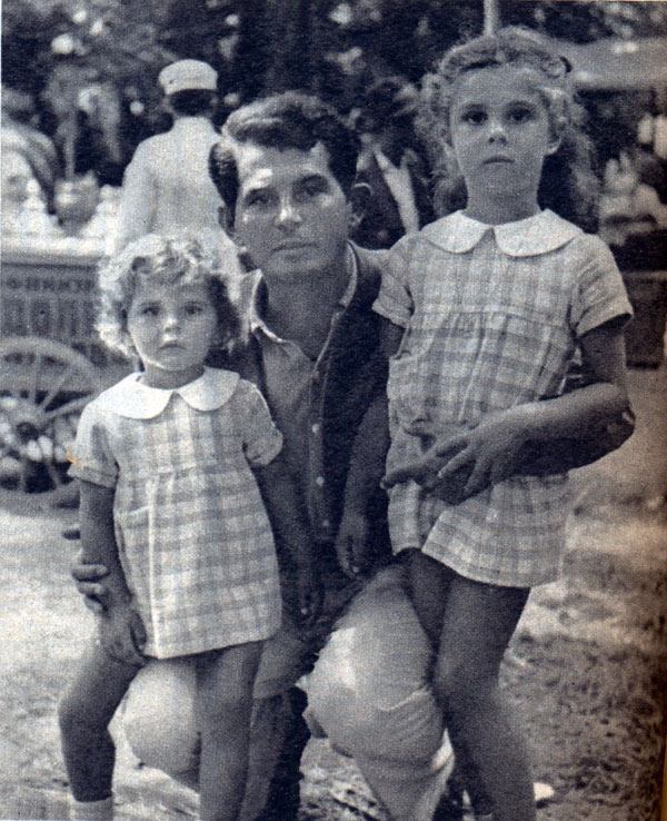 Ivković with his family - Image via sr.partizan.rs