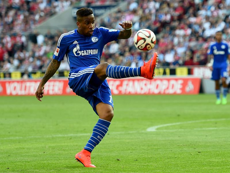 Jefferson Farfan of Schalke 04 runs with the ball during the Bundesliga match between 1. FC Koeln and FC Schalke 04 at RheinEnergieStadion on May 10, 2015 in Cologne, Germany. (Photo by Lars Baron/Bongarts/Getty Images)