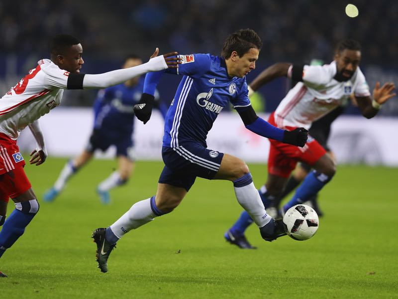 Yevhen Konoplyanka moved to Schalke in the summer transfer window. (Photo by Oliver Hardt/Bongarts/Getty Images)
