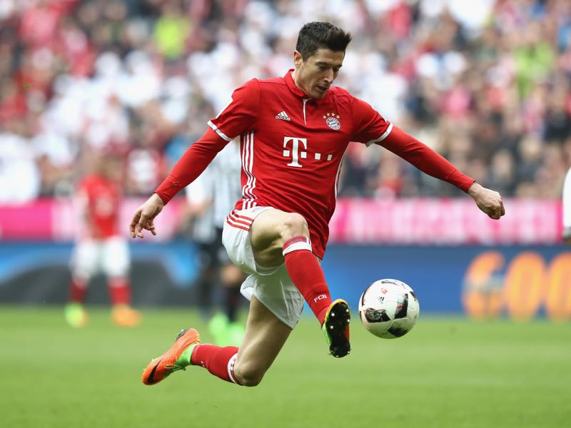 There are some parallels between Robert Lewandowski and Lukasz Teodorczyk (Photo by Alexander Hassenstein/Bongarts/Getty Images)