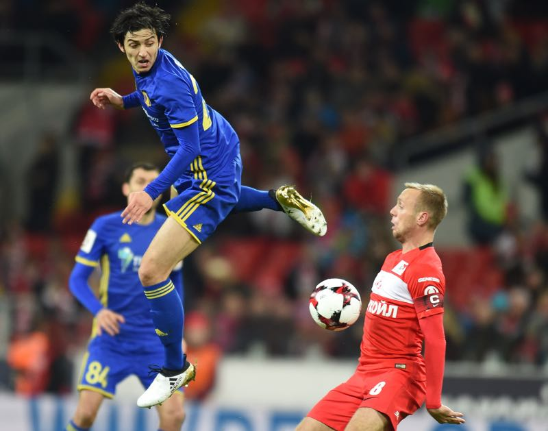 Spartak midfielder Denis Glushakov (r.) was sent off against Rostov last weekend. (Photo by Epsilon/Getty Images)