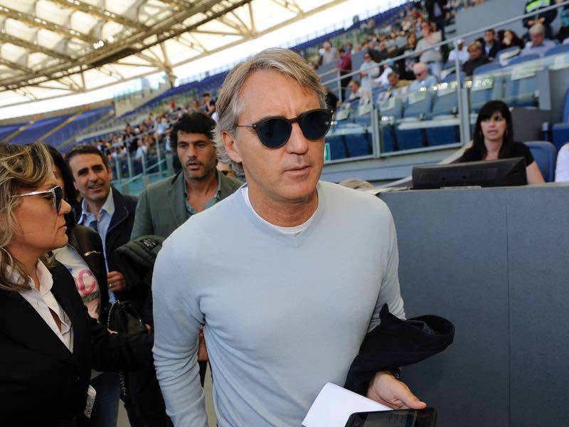 Roberto Mancini is likely to succeed Mircea Lucescu at Zenit Saint Petersburg. (Photo by Marco Rosi/Getty Images)