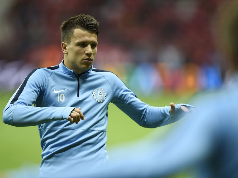 It was just two years ago that Yevhen Konoplyanka represented Dnipro in the final of the Europa League. (ODD ANDERSEN/AFP/Getty Images)
