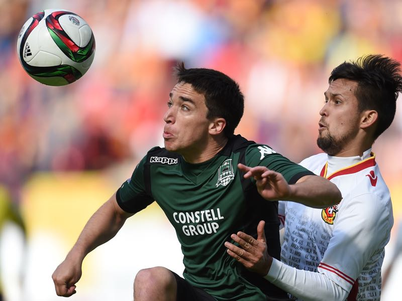 Mauricio Pereyra (l) is Krasnodar's key player.  (Photo by Epsilon/Getty Images)