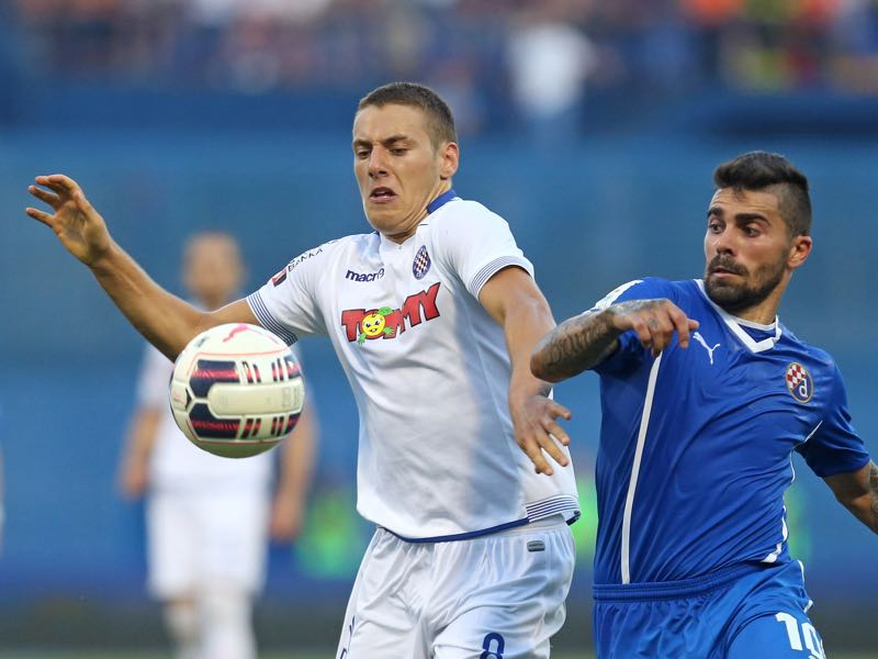 Nikola Vlasić (l.) is Hajduk's player to watch. (STRINGER/AFP/Getty Images)