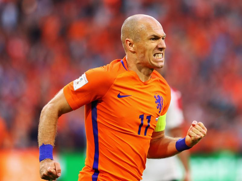 Arjen Robben is Oranje's last remaining world class player. (Photo by Dean Mouhtaropoulos/Getty Images)