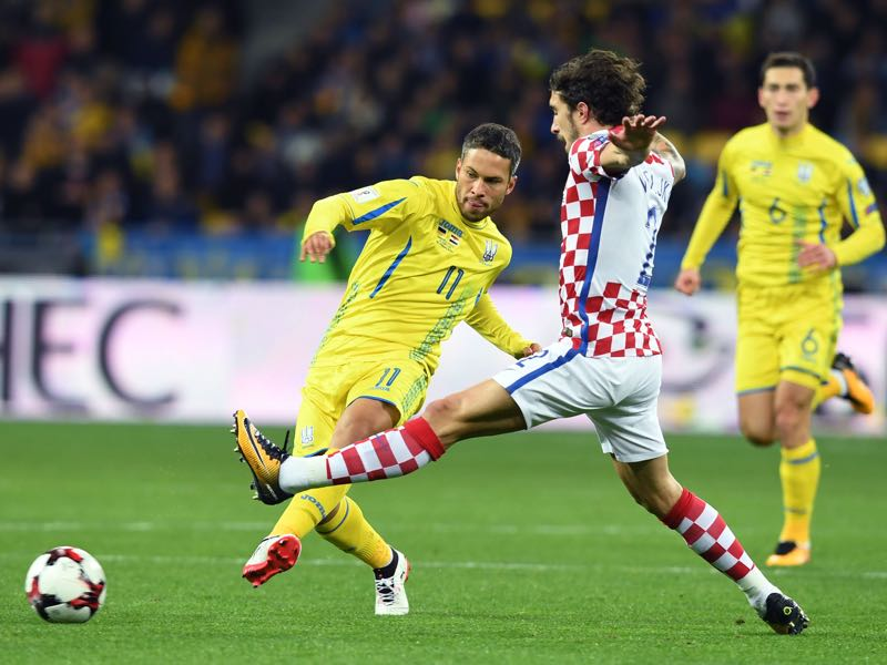 Marlos (l.) made his debut for Ukraine in October and was originally discovered by Krasnikov. (SERGEI SUPINSKY/AFP/Getty Images)