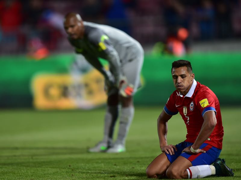 Alexis Sanchez can use the free time next summer to find himself a new club. (MARTIN BERNETTI/AFP/Getty Images)