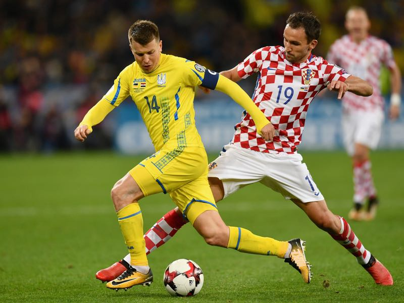 Shevchenko slowly replaced veterans like Ruslan Rotan (l.) with younger players (Photo by Dan Mullan/Getty Images)