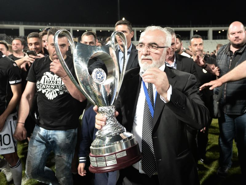 Last summer Savvidis celebrated the Greek Cup with PAOK, now the club could face relegation. (SAKIS MITROLIDIS/AFP/Getty Images)
