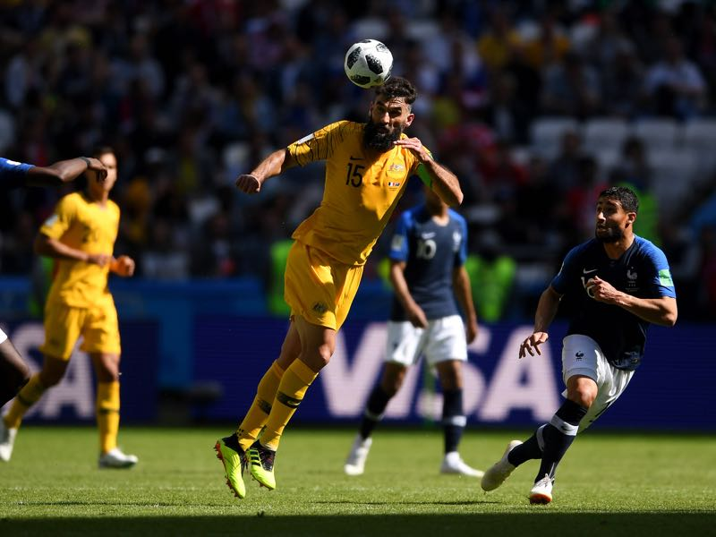 Mile Jedinak can be a weapon for his country (Photo by Laurence Griffiths/Getty Images)