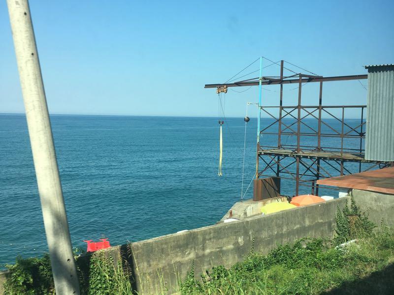 A fishery station alongside the Black Sea coast (Manuel Veth/Futbolgrad Network)
