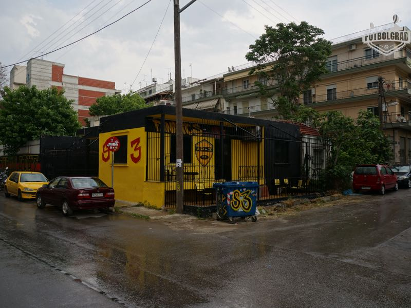 Aris fan club headquarters next to the stadium (Manuel Veth/Futbolgrad Network)