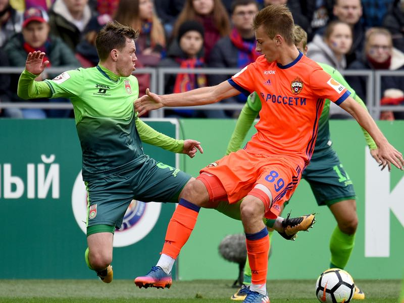 Konstantin Kuchayev (R) of PFC CSKA Moscow is challenged by Ondrej Vanek of FC Ufa during the Russian Premier League match between PFC CSKA Moscow and FC Ufa at the VEB Arena Stadium on October 01, 2017 in Moscow, Russia. (Photo by Epsilon/Getty Images)