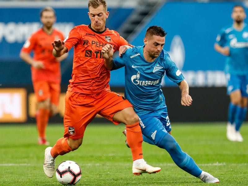 Robert Mak (r.) returned to Zenit after a loan spell away from the club (Photo by Epsilon/Getty Images)