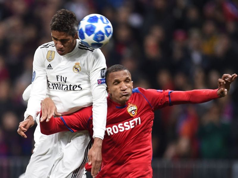 Rodrigo Becão (R) of PFC CSKA Moscow is challenged by Raphael Varane of Real Madrid during the Group G match of the UEFA Champions League between CSKA Moscow and Real Madrid at the Luzhniki Stadium on October 02, 2018 in Moscow, Russia. (Photo by Epsilon/Getty Images)