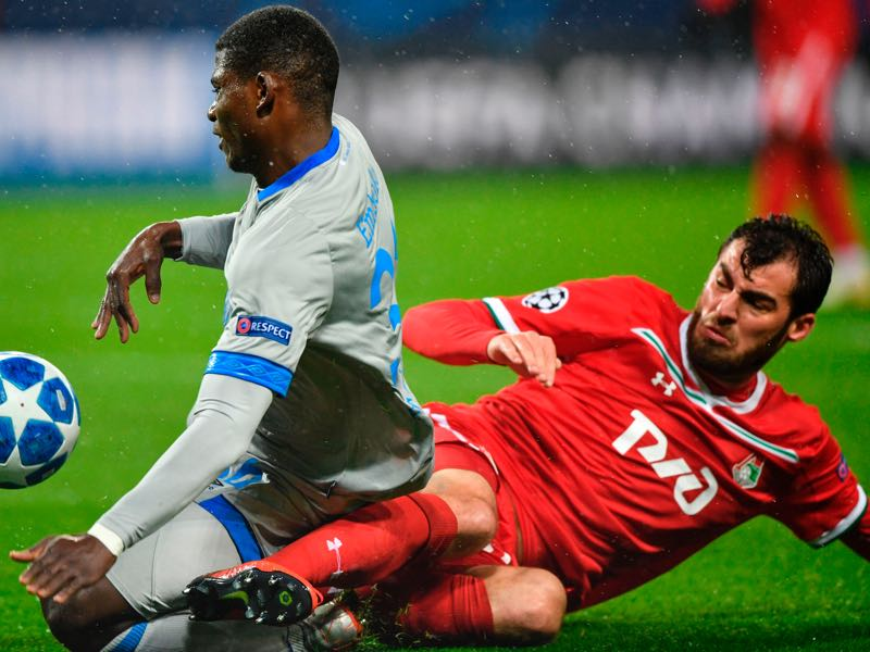 Lokomotiv v Schalke - Swiss forward Breel Embolo (L) and Lokomotiv Moscow's Georgian defender Solomon Kvirkvelia vie for the ball during the UEFA Champions League group D football match between FC Lokomotiv Moscow and FC Schalke 04 at the RZD Arena in Moscow on October 3, 2018. (Photo by Alexander NEMENOV / AFP)