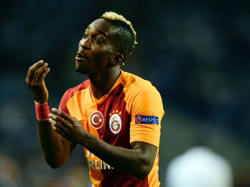 Galatasaray's Nigerian forward Henry Onyekuru gestures during the UEFA Champions League group D football match between FC Porto and Galatasaray SK at the Dragao stadium in Porto on October 3, 2018. (Photo by MIGUEL RIOPA / AFP)