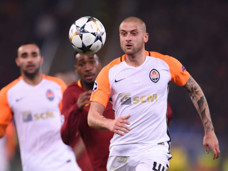 Yaroslav Rakitskiy - Shakhtar Donetsk's Ukrainian defender Yaroslav Rakitskiy eyes the ball during the UEFA Champions League round of 16 second leg football match AS Roma vs Shakhtar Donetsk on March 13, 2018 at the Olympic stadium in Rome. (FILIPPO MONTEFORTE/AFP/Getty Images)