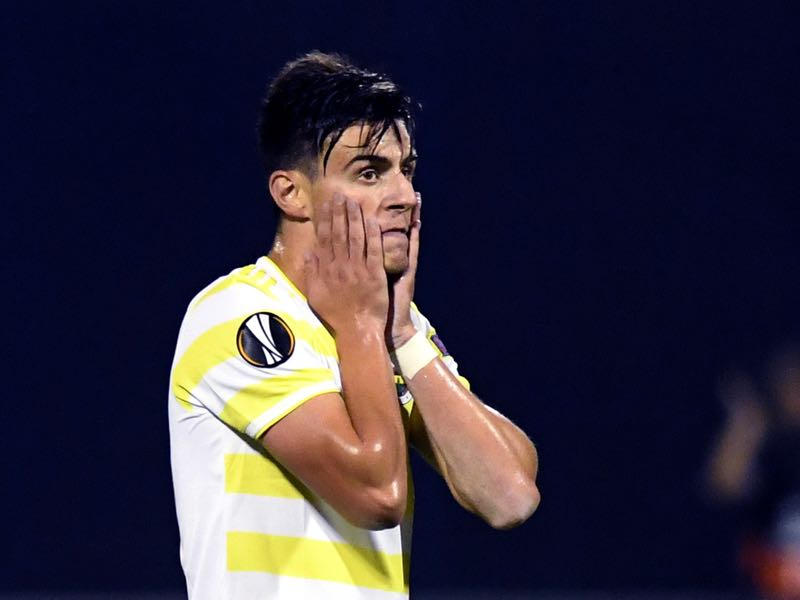 Fenerbahce's Macedonian midfielder Eljif Elmas reacts after his team took a goal during the Europa League Group D match between Dinamo Zagreb and Fenerbahce at The Maksimir Stadium in Zagreb on September 20, 2018. (Photo by STR / AFP)