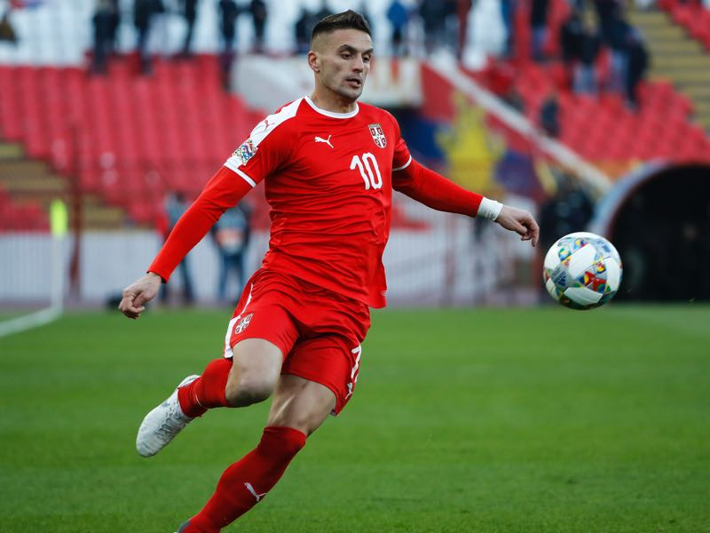 Dusan Tadic of Serbia in action during the UEFA Nations League C group four match between Serbia and Montenegro at stadium Rajko Mitic on November 17, 2018 in Belgrade, Serbia. (Photo by Srdjan Stevanovic/Getty Images)