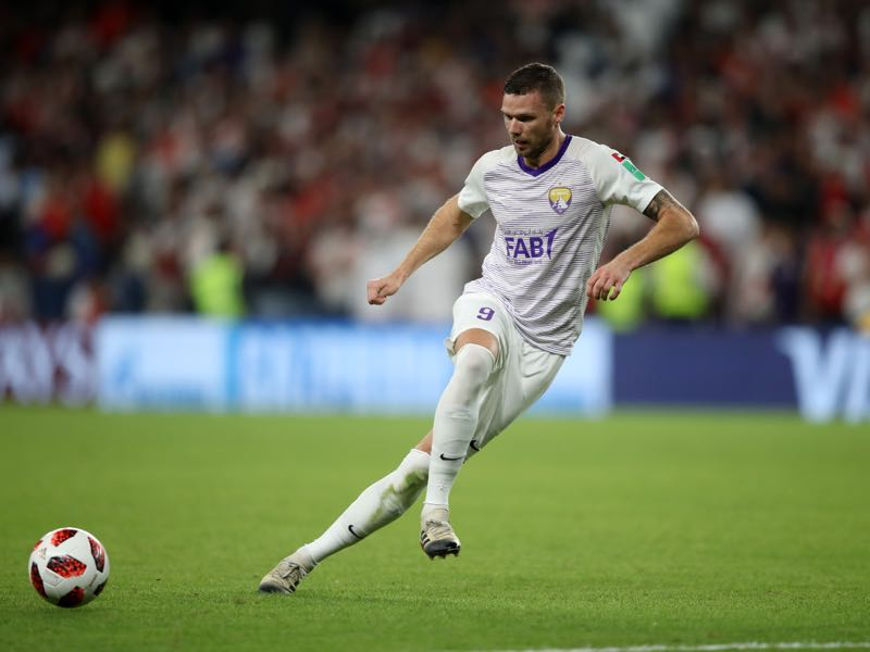 Marcus Berg of Al Ain runs with the ball during the FIFA Club World Cup UAE 2018 Semi Final Match between River Plate and Al Ain at Hazza Bin Zayed Stadium on December 18, 2018 in Al Ain, United Arab Emirates. (Photo by Francois Nel/Getty Images)