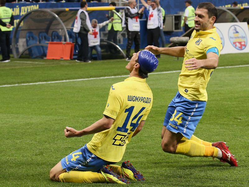 Eldor Shomurodov and Alexandru Gatcan of FC Rostov Rostov-on-Don celebrate after scoring a goal during the Russian Premier League match between FC Rostov Rostov-on-Don v FC Krasnodar at Rostov arena Stadium on May 05, 2019 in Rostov-on-Don, Russia. (Photo by Epsilon/Getty Images)