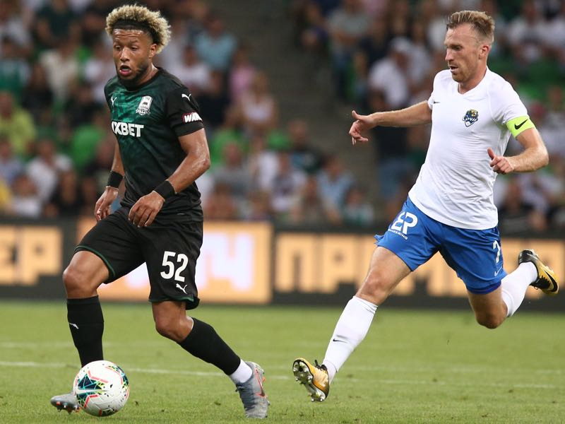 Tonny Vilhena (L) of FC Krasnodar vie for the ball with Yevgeni Pesegov of FC Sochi during the Russian Premier League match between FC Krasnodar v FC Sochi at Krasnodar Stadium on July 27, 2019 in Krasnodar, Russia. (Photo by Epsilon/Getty Images)